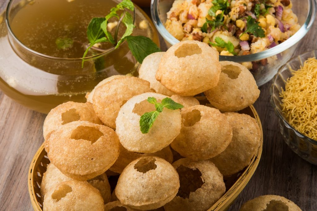 5 Foods You Shouldn't Eat During Monsoons