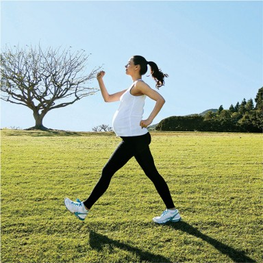 FP0114_FastFitness_walking-woman-main_700compressed