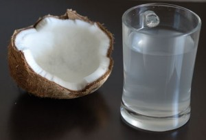 Fresh_coconut_water