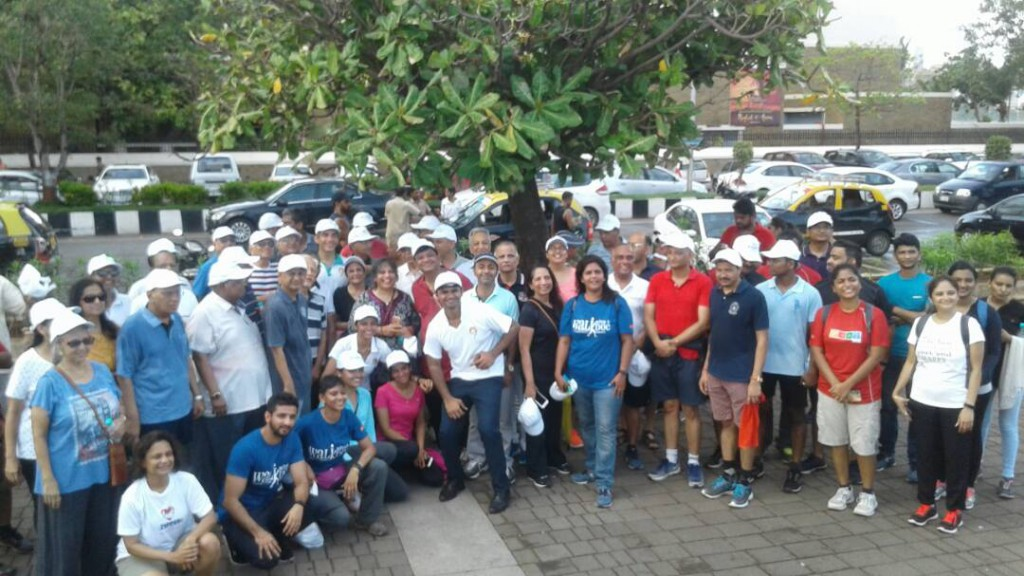 Walkers along with Dr. Aashish, GOQii Team and Sir HN reliance Foundation hospital team