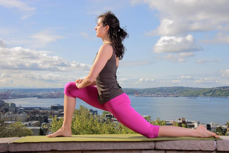 Yoga-LowLunge