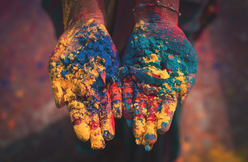 Protect your skin on holi