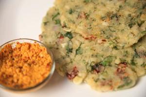 doodhi-rawa-pancake