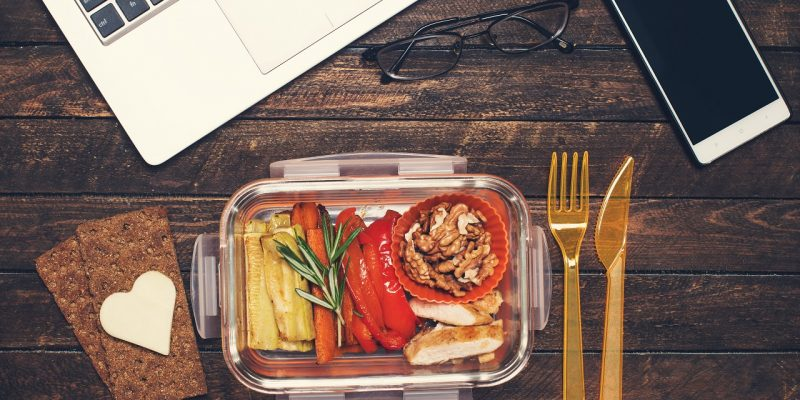 Eat Healthy At Work: Quick & Easy Snacks You Can Eat In The Office