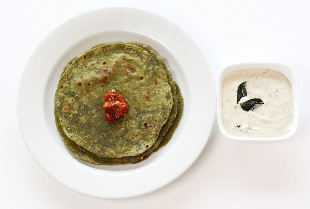 Paneer Stuffed Palak Paratha