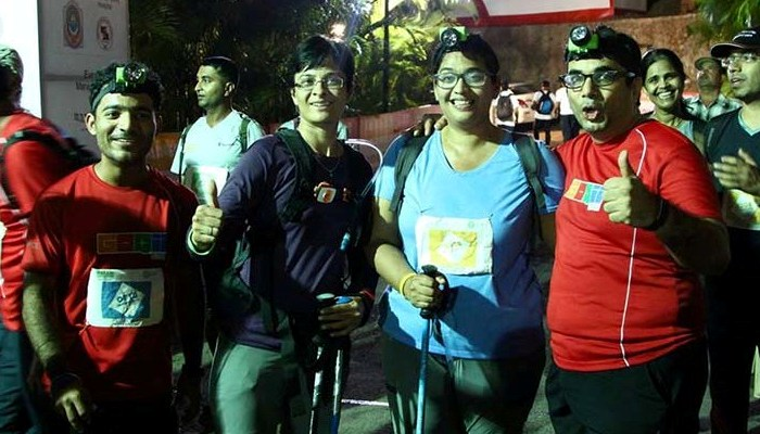 Vandana with her team after the successful completion of her 2nd 100 Km trail walk in Nov 2015.