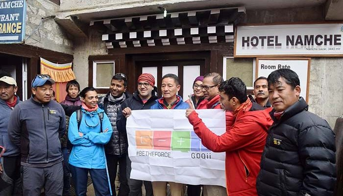 vishal with GOQii Titans and Jamling Norgay -EBC Trek