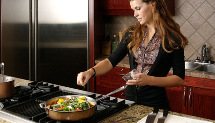 10 Cooking habits that you need to RECONSIDER!