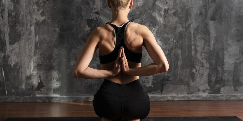 5 Yoga Asanas to Strengthen the Back